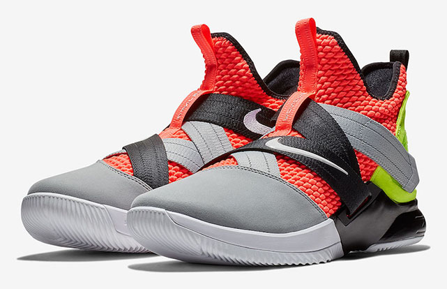 730990c0f90 Nike LeBron Soldier 12 REVIEW – Checks Over Stripes